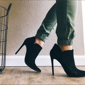 Shoes - Black Stiletto ankle heel booties